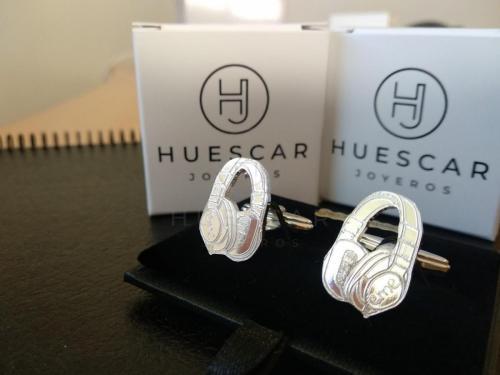 gemelos auriculares