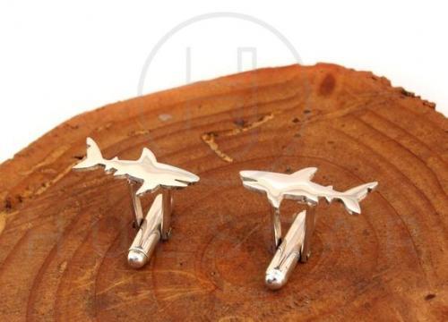 gemelos tiburon plata